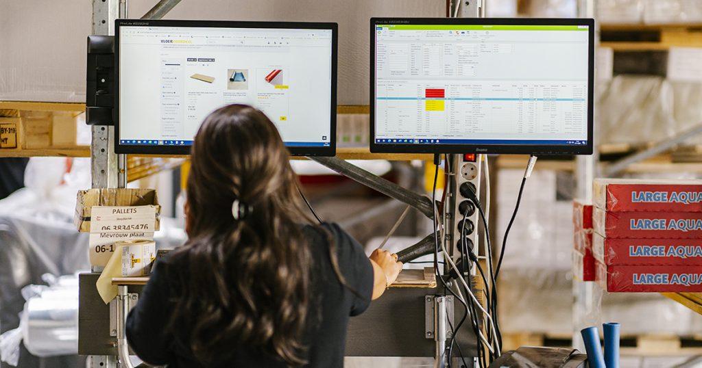 Ecommerce via ERP software vermindert handelingen